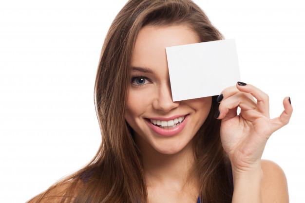 Como escolher o tom certo para pintar os olhos?