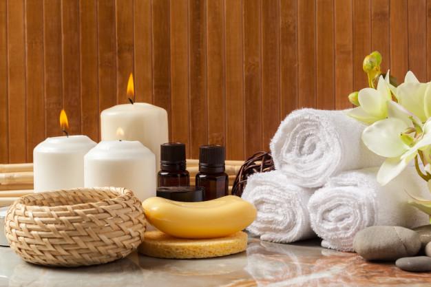 """Os benefícios da """"candle massage"""""""