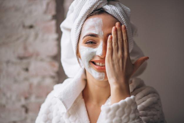 Qual o esfoliante adequado á sua pele?